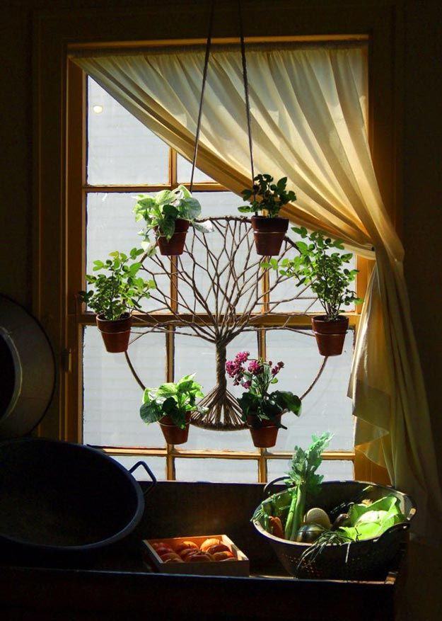 Ideas de decoración DIY con Árbol de la Vida | Inspiration http://artesaniasdebricolaje.ru/12-diy-tree-of-life-ideas/
