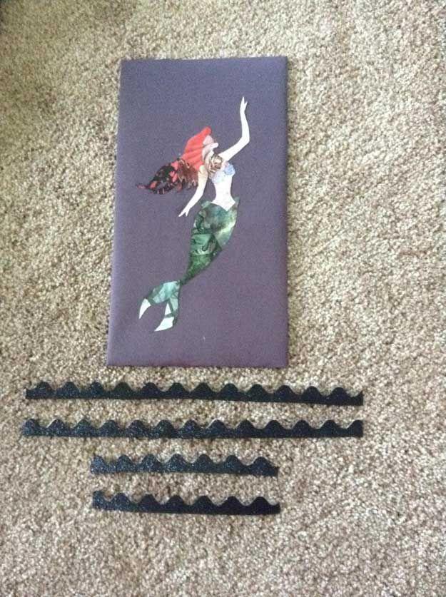 Lindo DIY Revista Collage Art Wall Ideas | http://artesaniasdebricolaje.ru/disney-princess-magazine-collage-wall-art/
