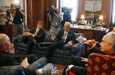 Georgia, Florida y Georgia gobernadores se reúnen para discutir el agua.