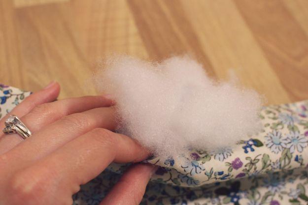 Throw DIY Pilow Ideas y Proyectos | http://artesaniasdebricolaje.ru/fat-quarter-throw-pillow/