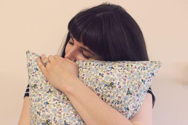 Proyectos caseros cojín para adolescentes | http://artesaniasdebricolaje.ru/fat-quarter-throw-pillow/