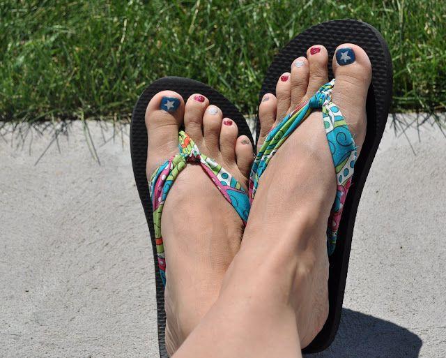Gran manera del verano DIY - Haga su propio Tela chanclas