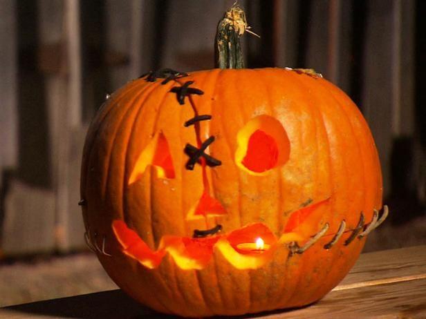 Fotografía - De Halloween que talla la calabaza: frankenstein linterna del o