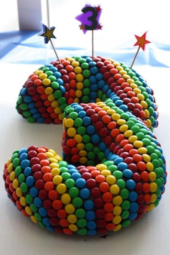 Tercera torta de cumpleaños