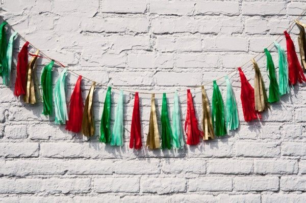 Holiday Tassle Garland por Tuck y Bonte