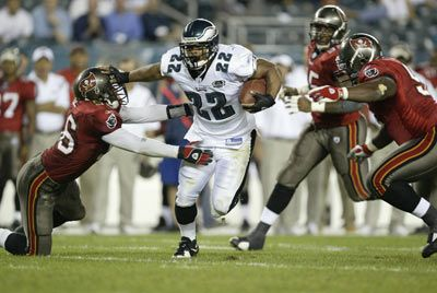Philadelphia Eagles corredor Duce Staley