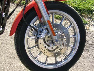 Una pinza de freno de la motocicleta
