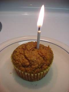¿Cómo funcionan las velas de cumpleaños truco?