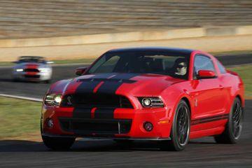 La producción está limitada a sólo 500 Súper Serpientes para 2013.