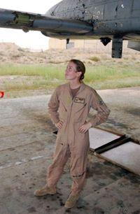 Mayor Kim Campbell y su avión