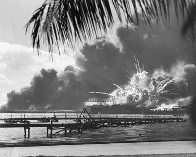 Pearl Harbor bajo ataque