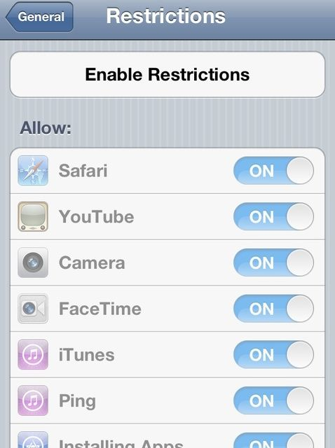 Cómo agregar Restricciones a un iPhone / iPad / iPod