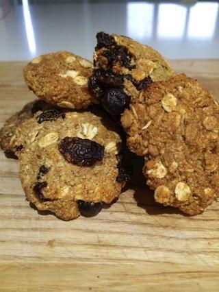 Marvel en su belleza y luego comer! Estos son un gran bocado y se pueden mantener en un recipiente o frasco de galletas por alrededor de una semana.