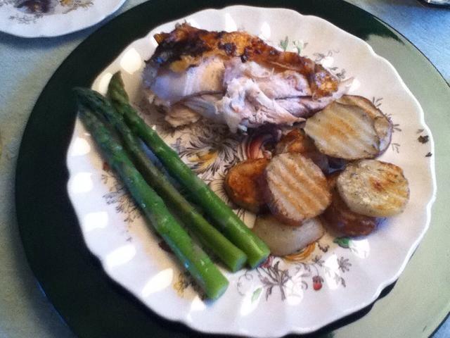 Si te gusta esta receta revisar la cena completa! Pollo asado, naranja espárragos blanqueados y papas rojas romero!