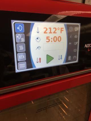 Derretir la mantequilla en el modo de vapor a 212F durante 5 minutos, luego enfriar un poco.