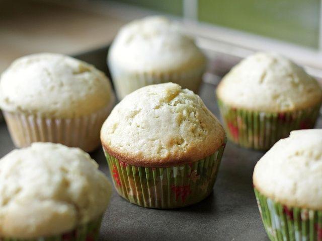 Cómo cocer al horno Muffins Pastel de cumpleaños Té Receta