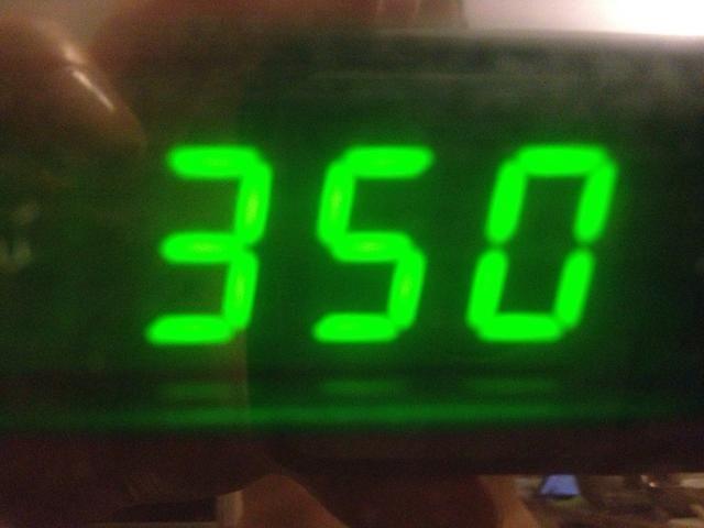 Precaliente el horno a 350 grados F.