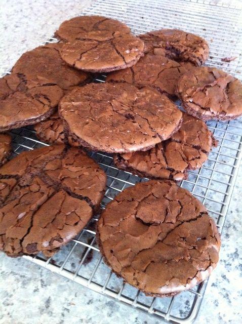 Cómo cocer al horno Brownie Receta de las galletas