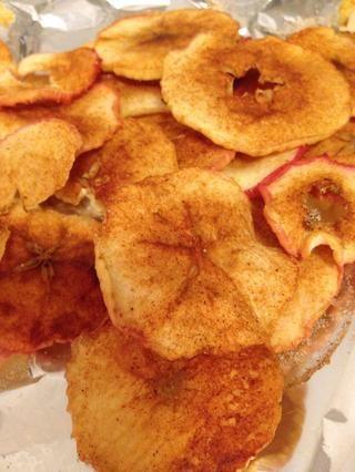 Una vez que los chips son frescas, retirar de la sartén y disfrutar!