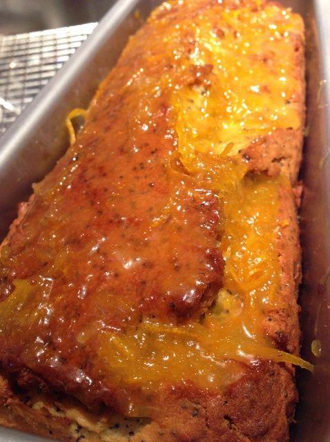 Cómo cocer al horno Fácil Naranja Poppyseed Receta de la torta