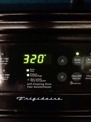 Precaliente el horno a 320 ° ......