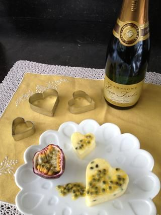 ¡Buen provecho! (Y Feliz día de San Valentín) punta del Vino: champán. mykitchendiaries.net