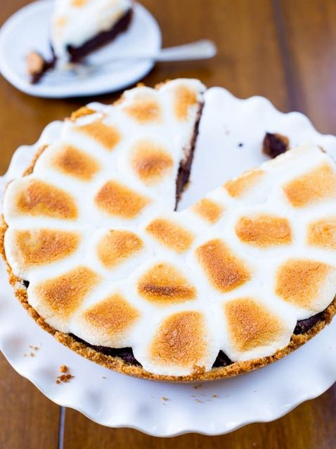 Cómo cocer al horno S'mores Brownie Pie Recipe