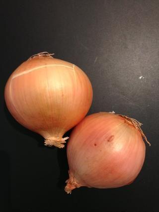 2 cebollas
