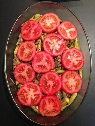 Cubra con los tomates