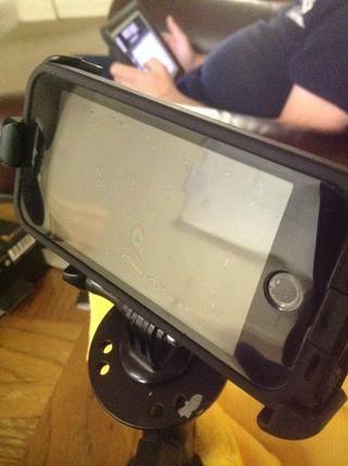 Ahora tiene un adaptador de iPhone 5 GoPro para mantener tu iPhone en / sobre cualquier sistema de trípode GoPro o