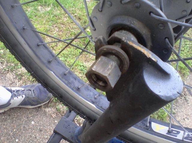 Cómo cambiar un neumático de la bici