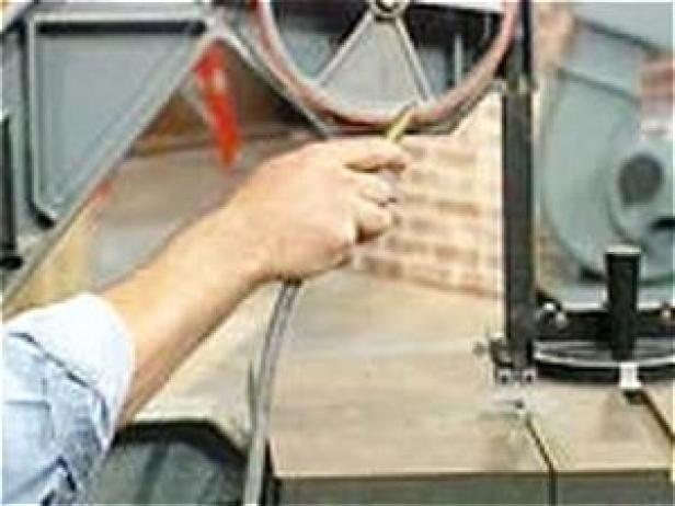 Fotografía - Cómo limpiar y cuidar de una sierra de cinta