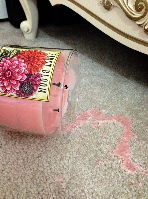 Cómo limpiar la cera de la vela de su alfombra