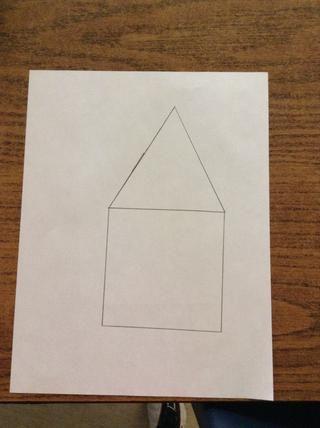 Étape 4.Trace isosèle triángulo de la ONU par-dessus le carrée Les ligne sont de la grandeza de ton choix.