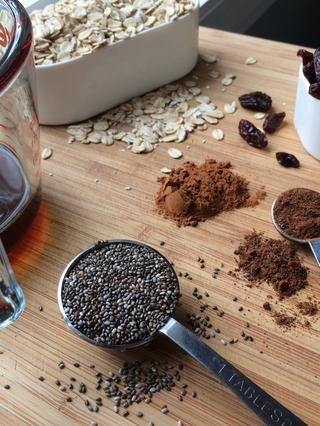 Las semillas de chía son opcionales pero me gusta añadirlos en un gran Omega sana 3 de reventar!