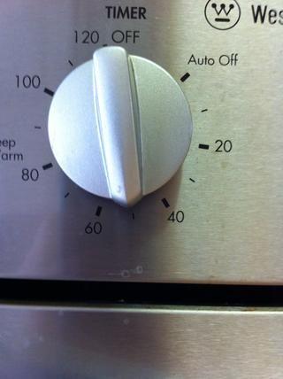 Cocine por 50 minutos o hasta que un palillo se inserta y salga limpio