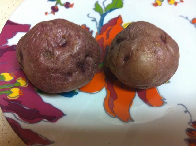 Separar las patatas (cuidado! Habrá vapor)