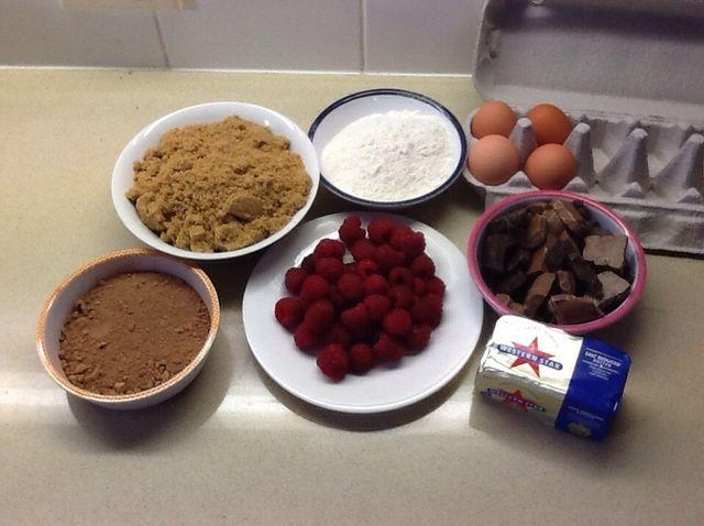 Cómo cocinar una Frambuesa y Brownie de chocolate Receta