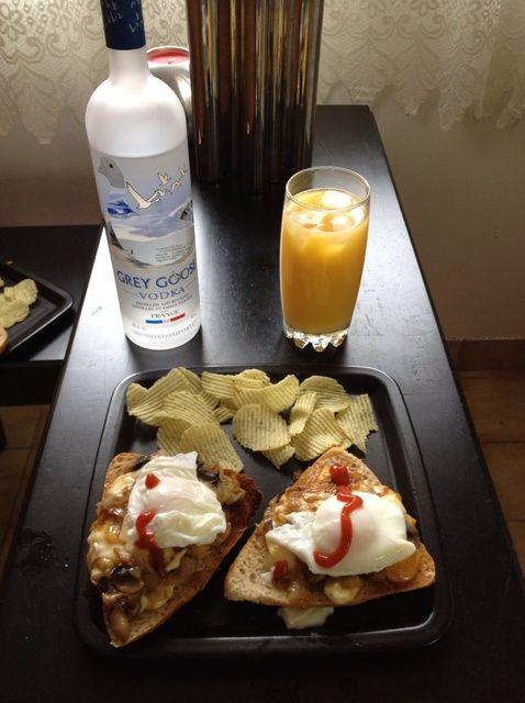 Cómo cocinar una receta Wicked Hangover Desayuno