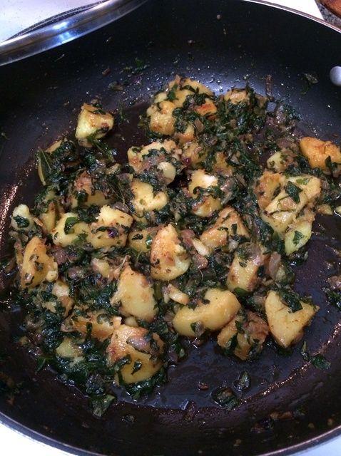 Cómo cocinar Aloo Meethi Receta