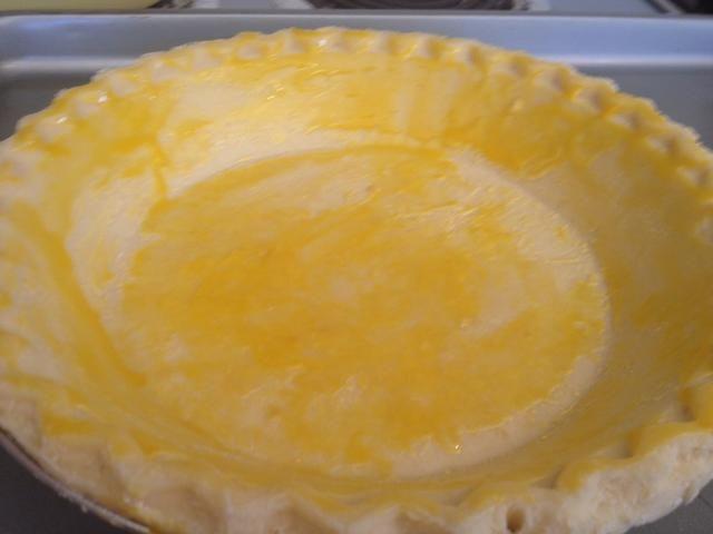 Corteza cepillo con yema de huevo