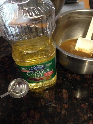 2 cucharadas de aceite de canola o aceite de coco, si lo prefiere.