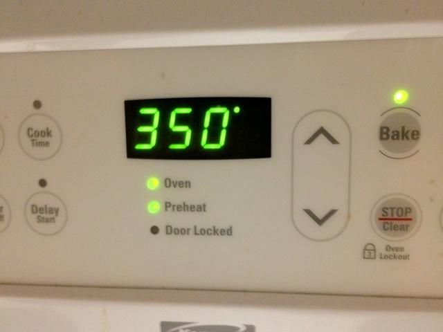 Precaliente el horno