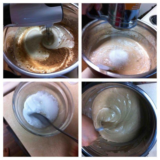 En la masa agregar el cacao y mezclar bien. Añadir poco a poco la harina y revuelva suavemente para que la masa estaba bien ventilada. bicarbonato de sodio mezclado con vinagre y añadir la masa y así mezclar.