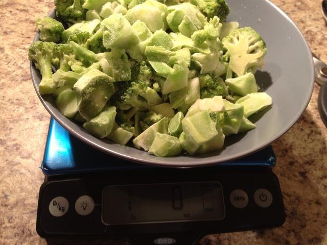 Hice una doble tanda, así que tengo una libra de brócoli congelado.