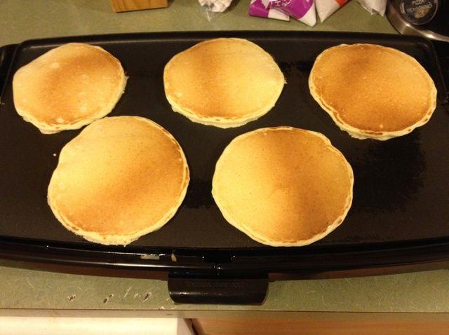 Cómo cocinar Buttermilk Pancakes Desde Receta de Scratch