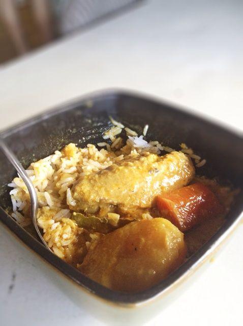 Cómo cocinar pollo al curry de coco Receta