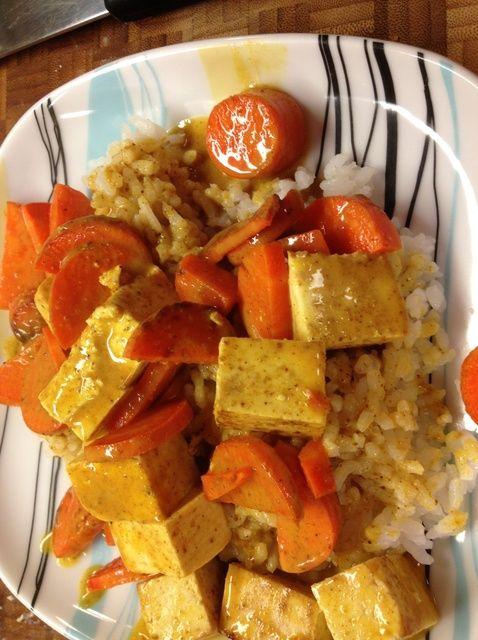 Cómo cocinar coco Curry del queso de soja con las zanahorias Receta