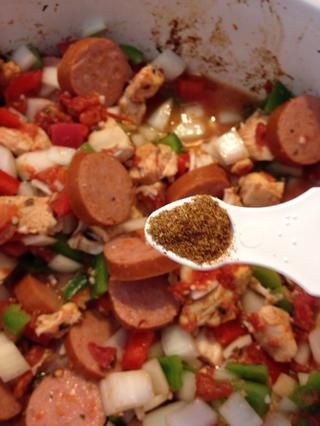 Añadir el pimiento rojo 1/4 cucharadita de tierra si lo quieres más picante