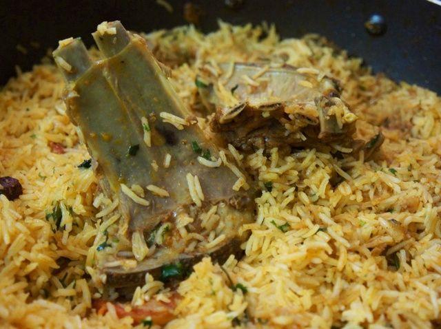 Cómo cocinar la receta Kabsa Laham Con Árabe Rice
